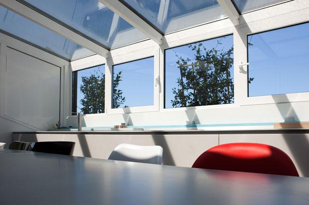 Come e perch ristrutturare una cucina ristrutturazione for Ristrutturare casa low cost
