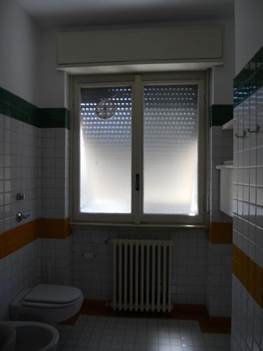 Come rinnovare le piastrelle di casa for Rinnovare casa low cost
